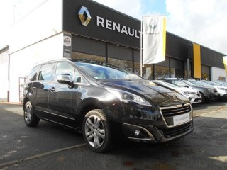 Peugeot 5008 1.6 HDI 120 CV Allure EAT6 S&S 7 Places
