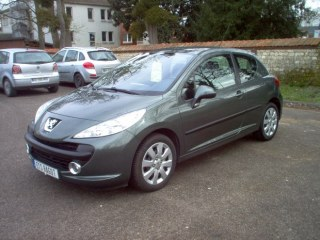 PEUGEOT 207 1.6 HDI TRENDY  90CH