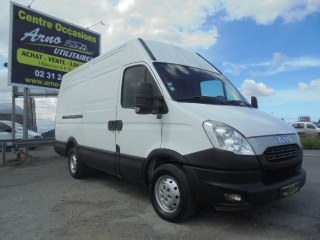 Iveco Daily 35S13 / 9 880 € HT VO : 1060