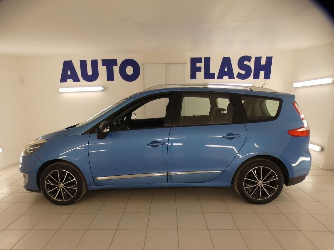 Renault Grand Scénic III 1.5 DCI 110CH BOSE EDC 7 PLACES