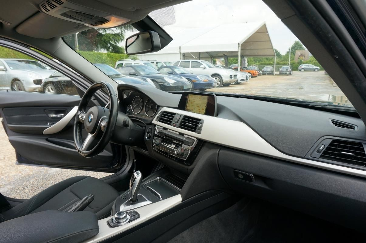 Occasion BMW 320d Touring CHARPONT 28500
