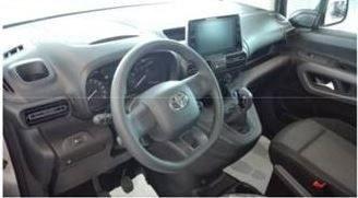 Mandataire auto Beauvais Haut De France Toyota Proace City Combi 1.5 D 5
