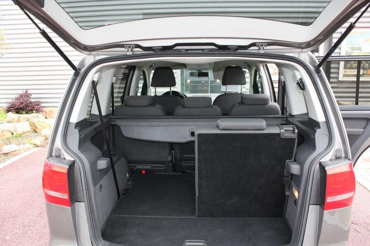 Volkswagen Touran 1.6 TDI 105CH FAP CONFORTLINE