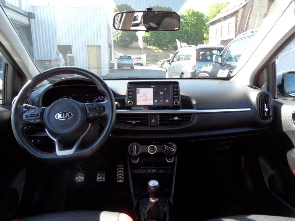 Kia Picanto 10 essence 67 cv GT LINE