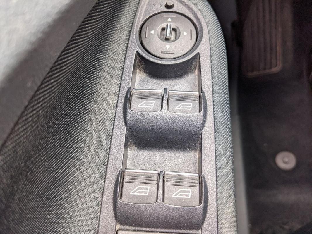 Ford Grand C-Max 1.6 TDCI 115CH FAP BUSINESS NAV