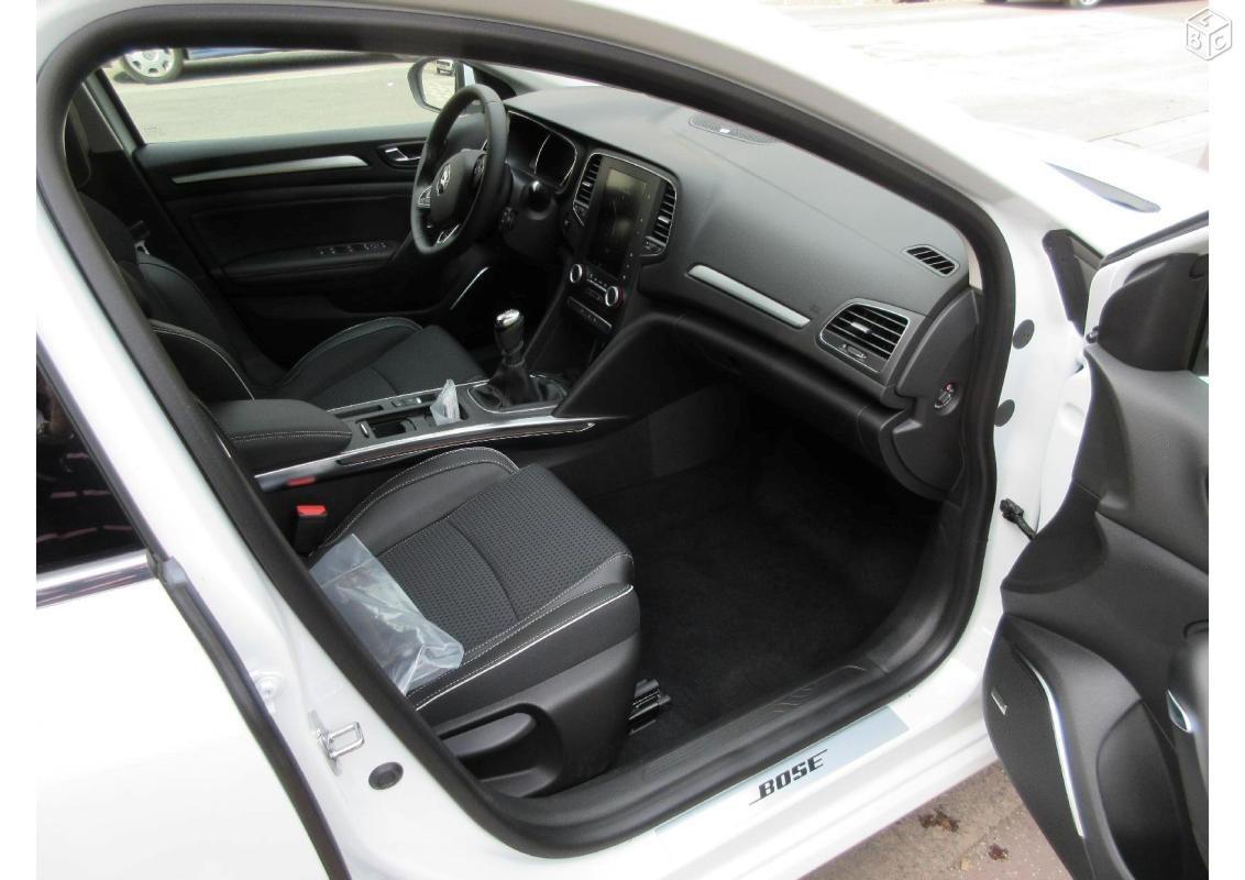 Mandatire auto Beauvais Picardie Renault Megane Bose Edition Tce Dci Edc