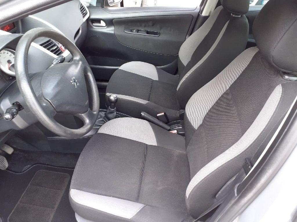 Peugeot 207 1.4 HDi 70ch Urban