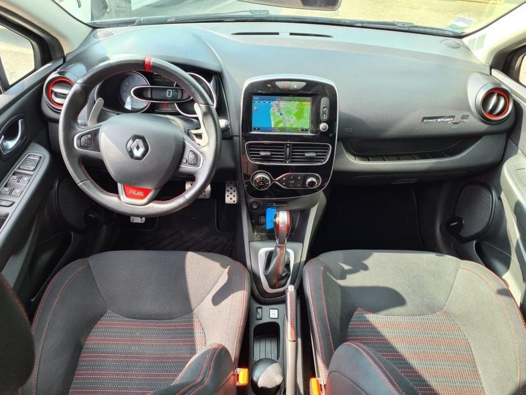 Renault Clio 1.6 T 200 CV RS EDC