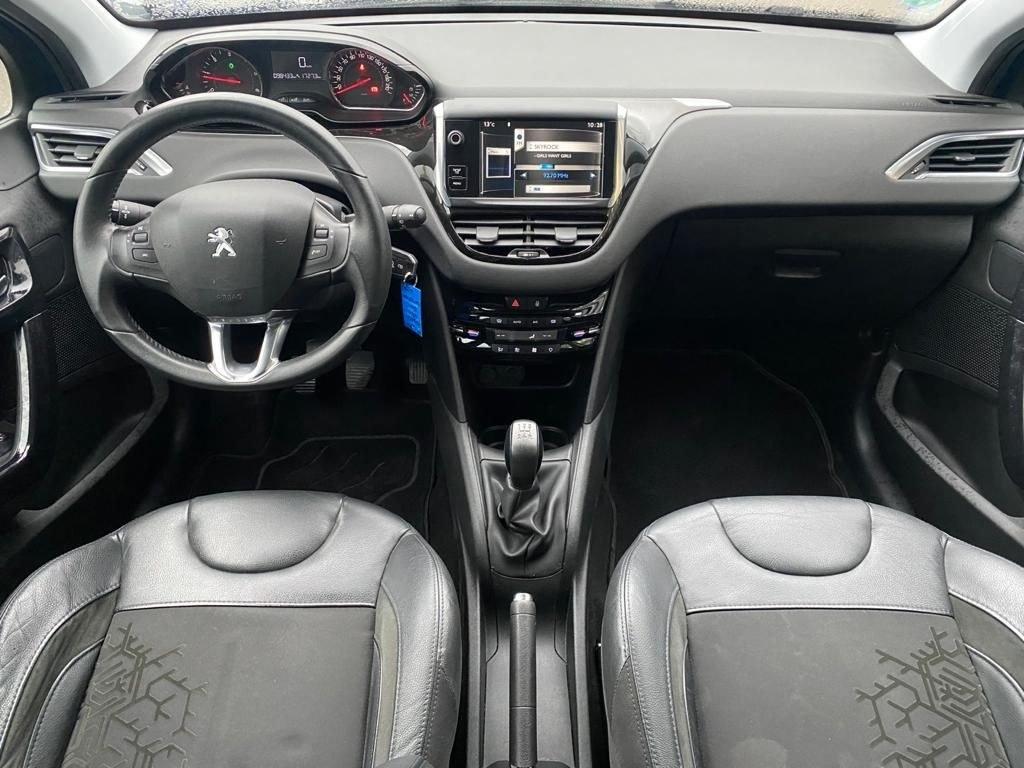 Peugeot 208 1.4 HDI 68 CV BLUETOOTH