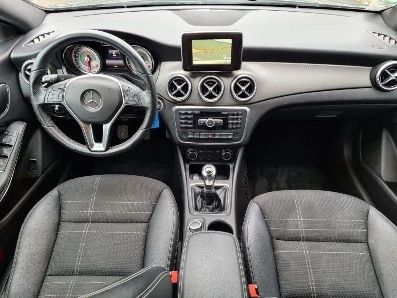 Mercedes CLA 180 122 CV GPS CAM