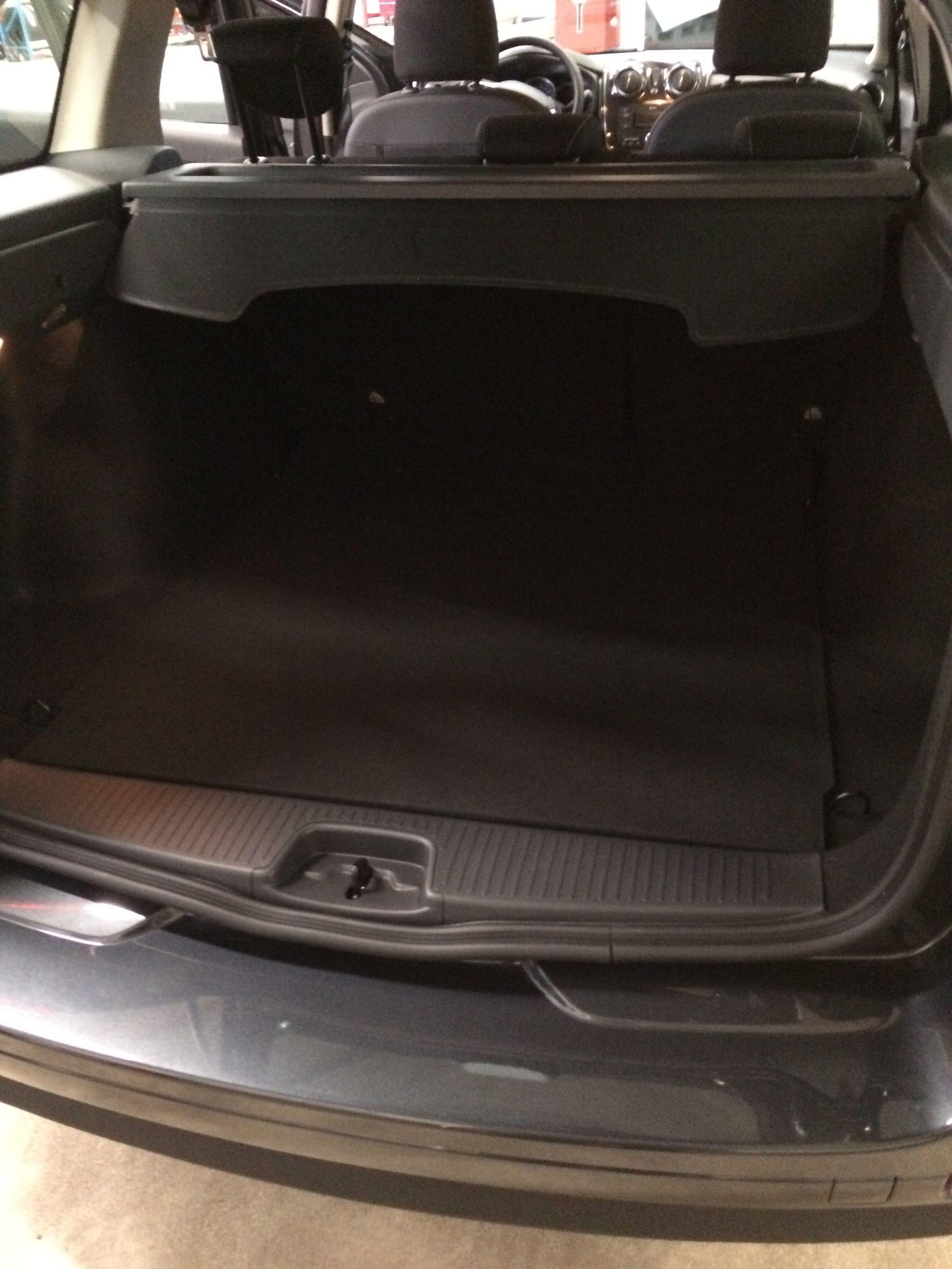 mandataire-auto-Havre-Paris-voiture-vente-autossansfrontieres-Dacia-LOGAN MCV