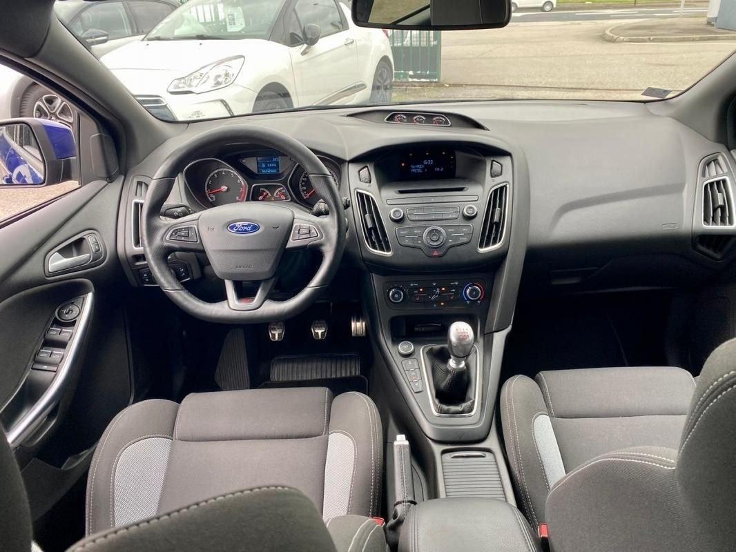 Ford Focus ST 2.0 ECOBOOST 250 CV RECARO