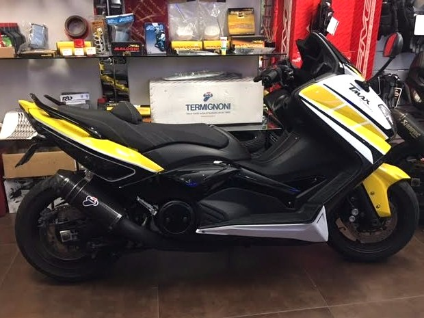 annonce pr paration yamaha tmax port marly scoot le port marly 78560. Black Bedroom Furniture Sets. Home Design Ideas