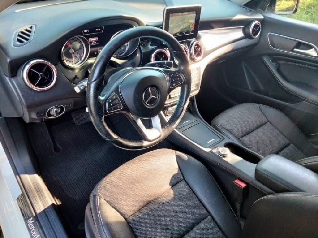 Mercedes CLA CLASSE 180 CDI Inspiration 7-G DCT A