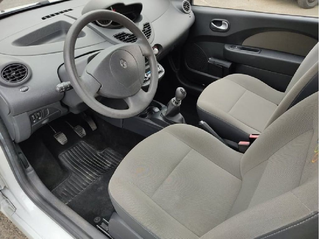 Renault Twingo II 1.2 LEV 16v 75 Walkman Limited Edition