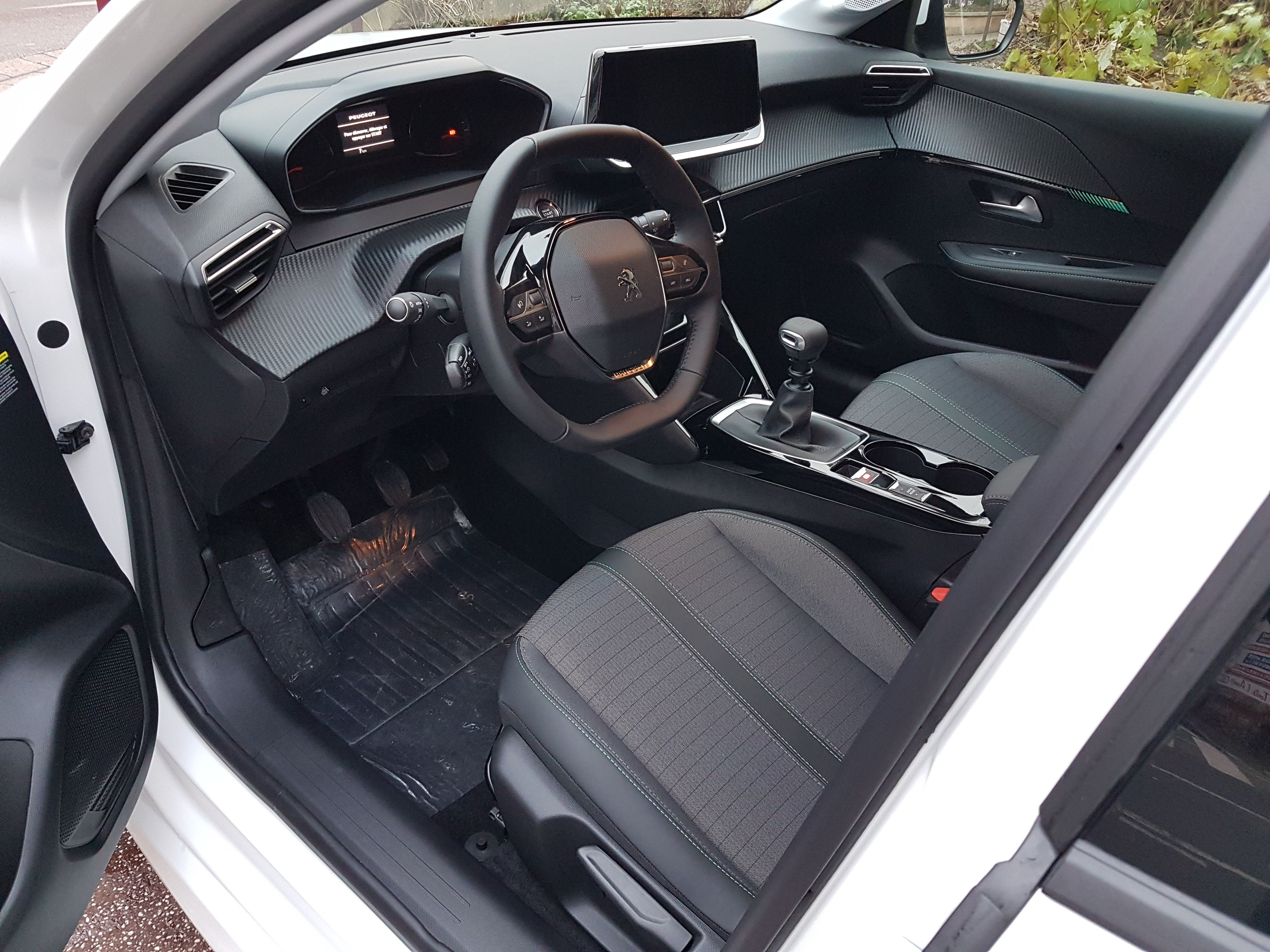 Mandataire auto Beauvais Peugeot 208 Allure Puretech Hdi Eat8 3