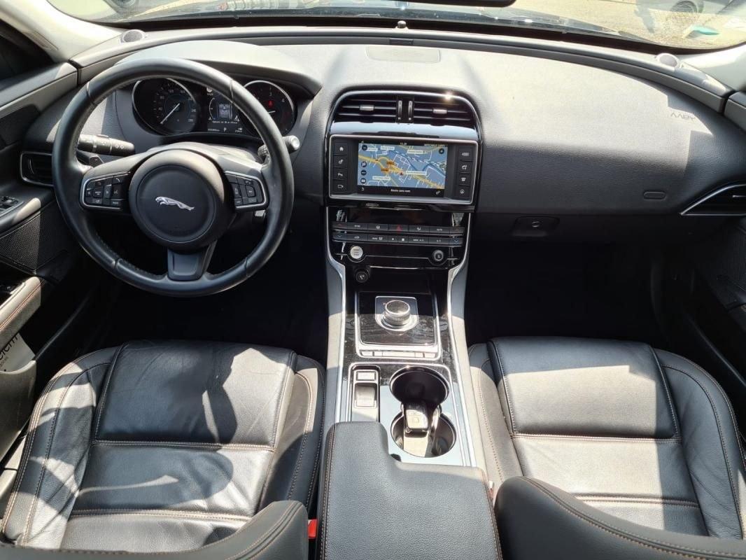 Jaguar XE 2.0 D 180 CV GPS BVA