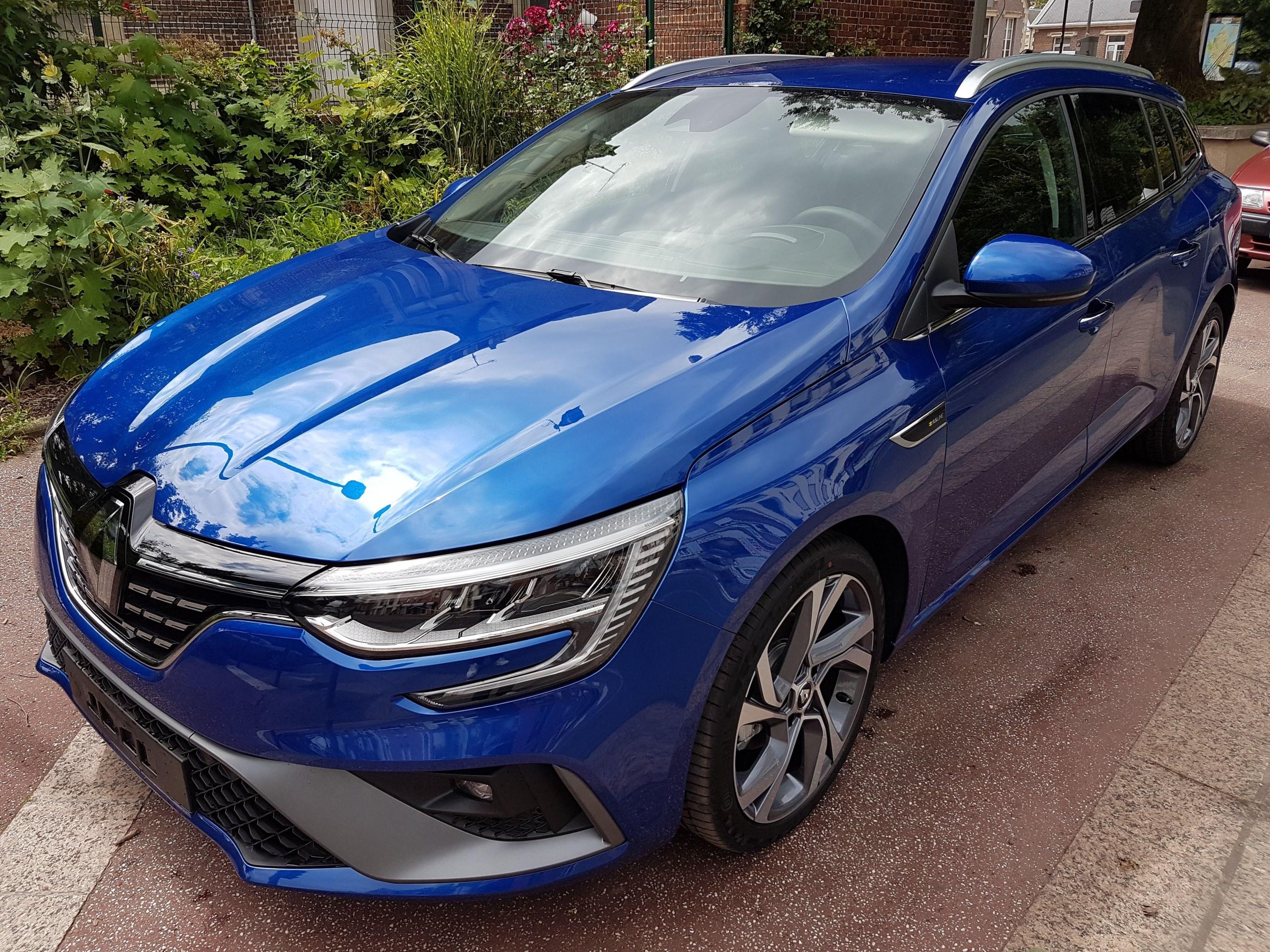 Mandataire auto Beauvais Haut De France Renault Megane Estate Rsline 1.5 Bluedci 115cv Edc 51