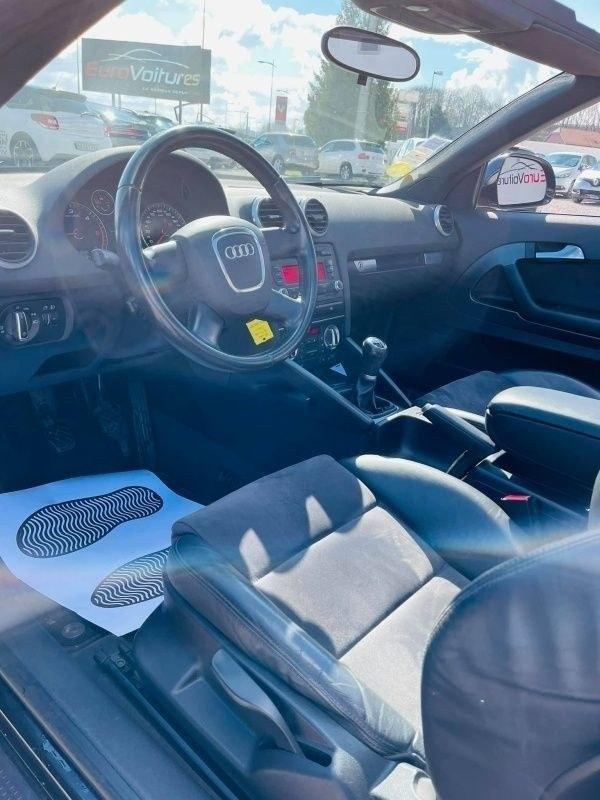 Audi A3 Cabriolet 1.6 TDI 105cv S-LINE