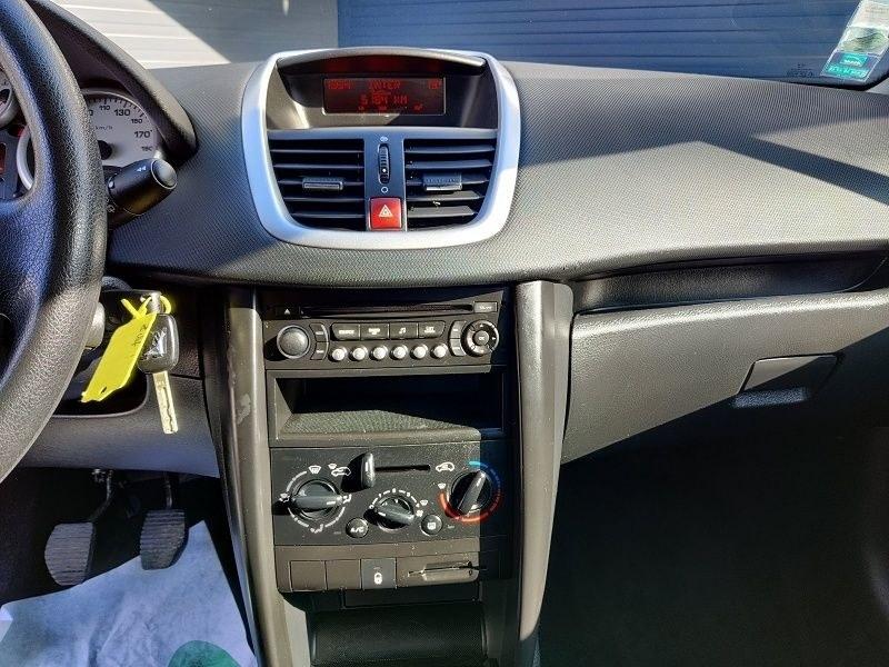 Peugeot 207 1.4 STYLE 5P