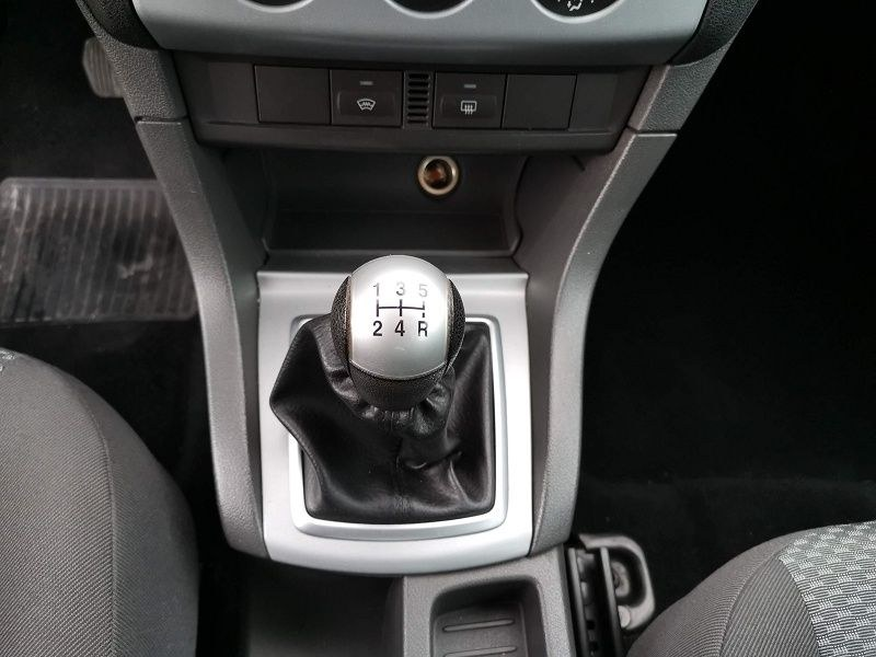 Ford Focus 1.6 TDCI 110CH DPF TREND 5P