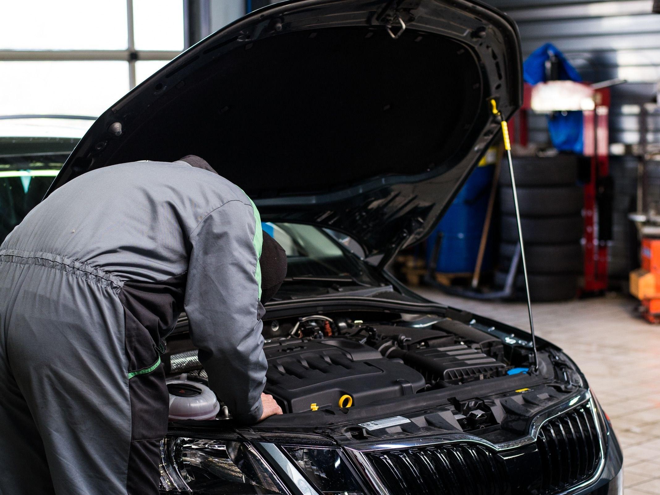 Entretien et réparation de véhicules