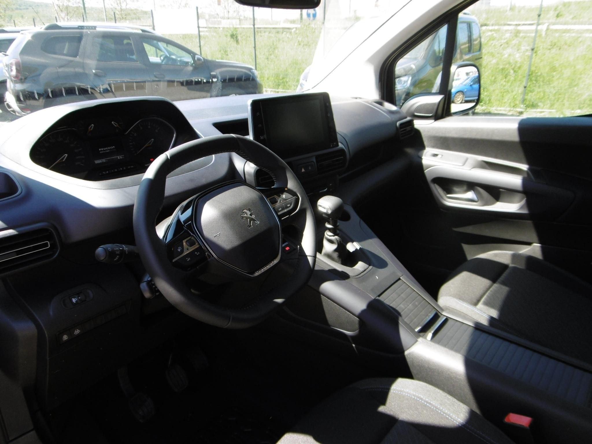 Mandataire auto Beauvais Haut De France Peugeot Rifter Allure Hdi Eat8 2