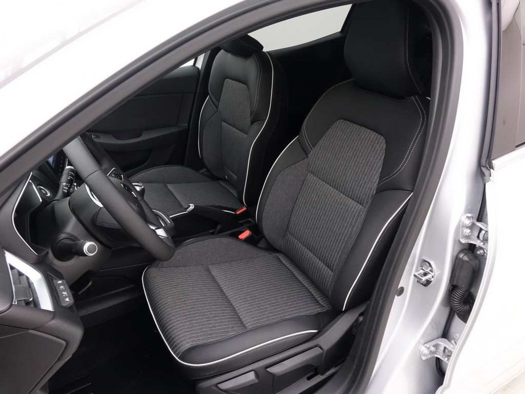 Mandataire auto Beauvais Haut De France Renault Clio Intens 1.0 Tce 90cV 2