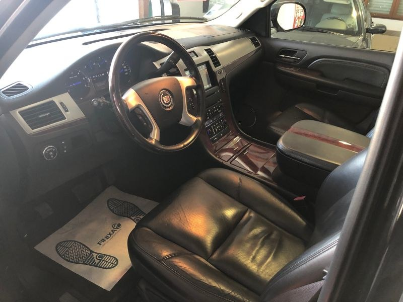 Occasion Cadillac Escalade NANTEUIL LES MEAUX 77100