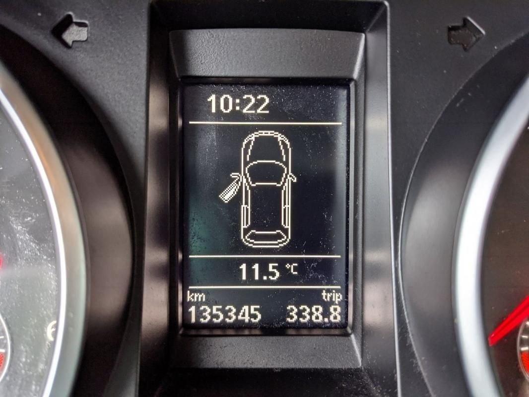 Volkswagen Golf VI 1.6 TDI 105CH FAP CONFORTLINE 5P