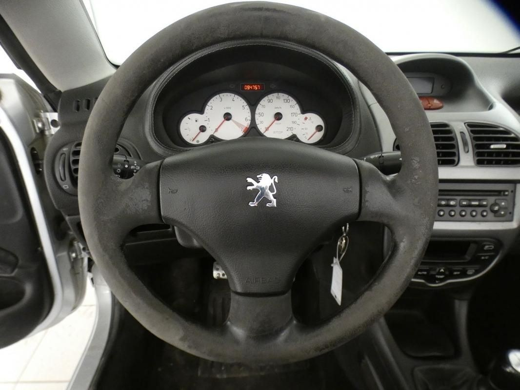 Peugeot 206 CC 1.6 16V QUIKSILVER