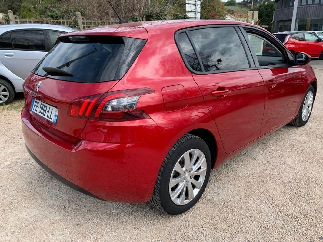 Peugeot 308 1.2 PURETECH 110 STYLE