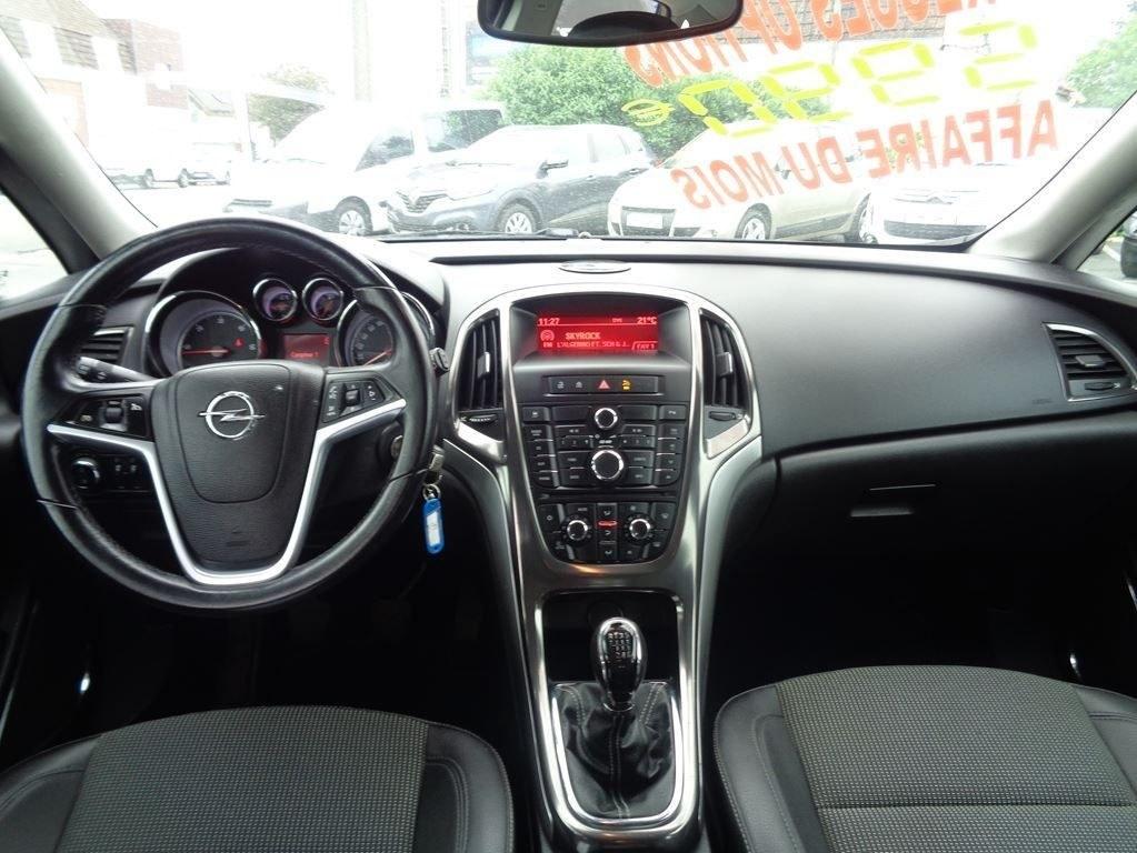 Opel Astra 1.7 L CDTI 125 CH COSMO