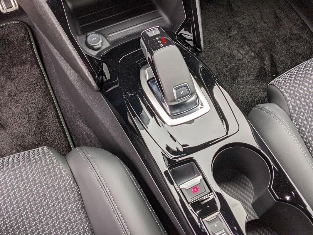 Peugeot 2008 1.2 PURETECH 130CH S&S GT LINE EAT8 7CV