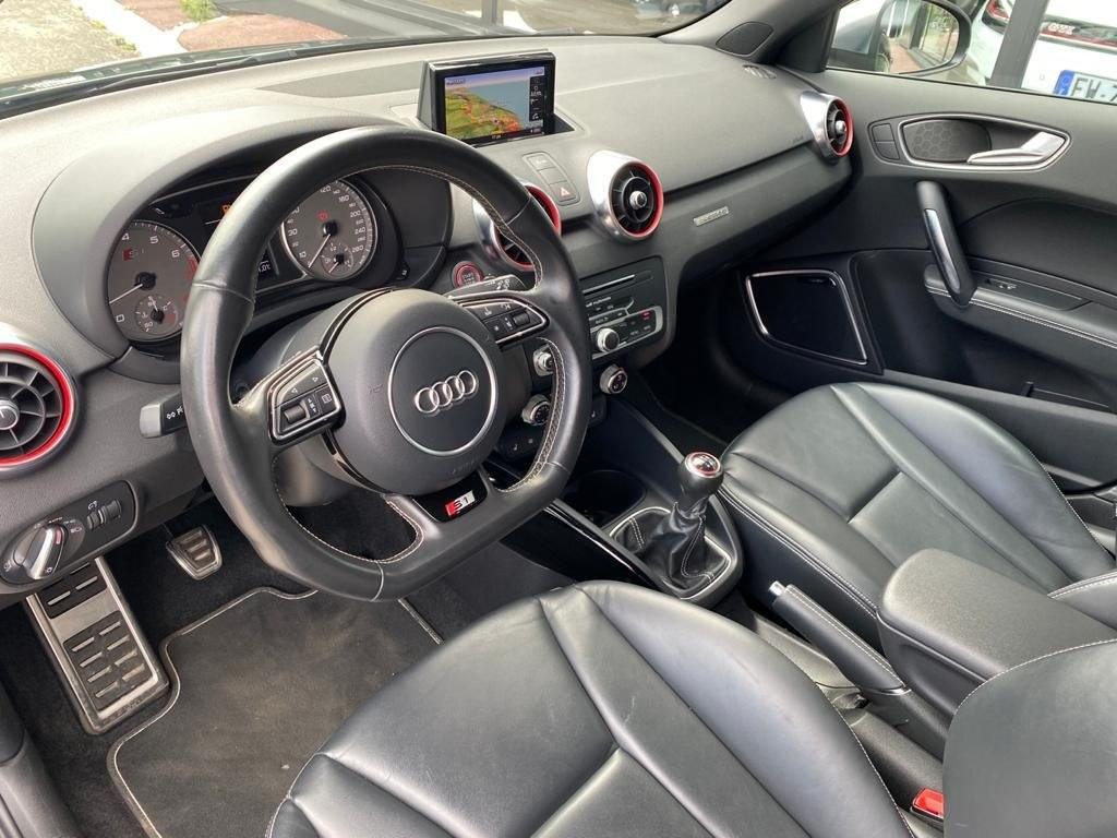 Audi S1 sportback QUATTRO 2.0 TFSI 231 CV BVM CUIR GPS