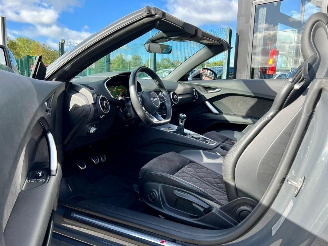 Audi TT Roadster 2.0 TFSI 230