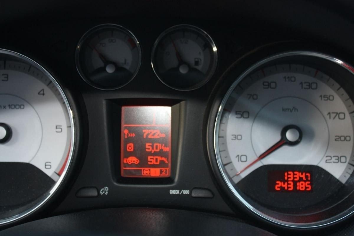 Peugeot 308 SW 1.6 HDI110 FAP CONFORT PACK