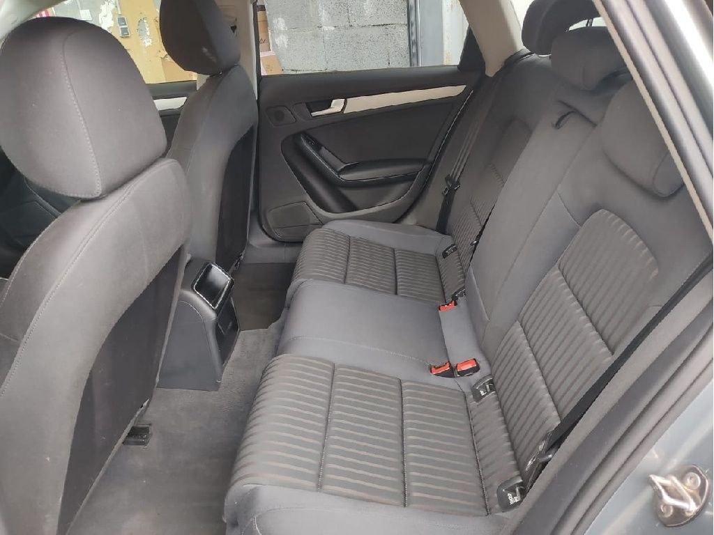 Audi A4 Avant 2.0 TDI 143 DPF Ambiente