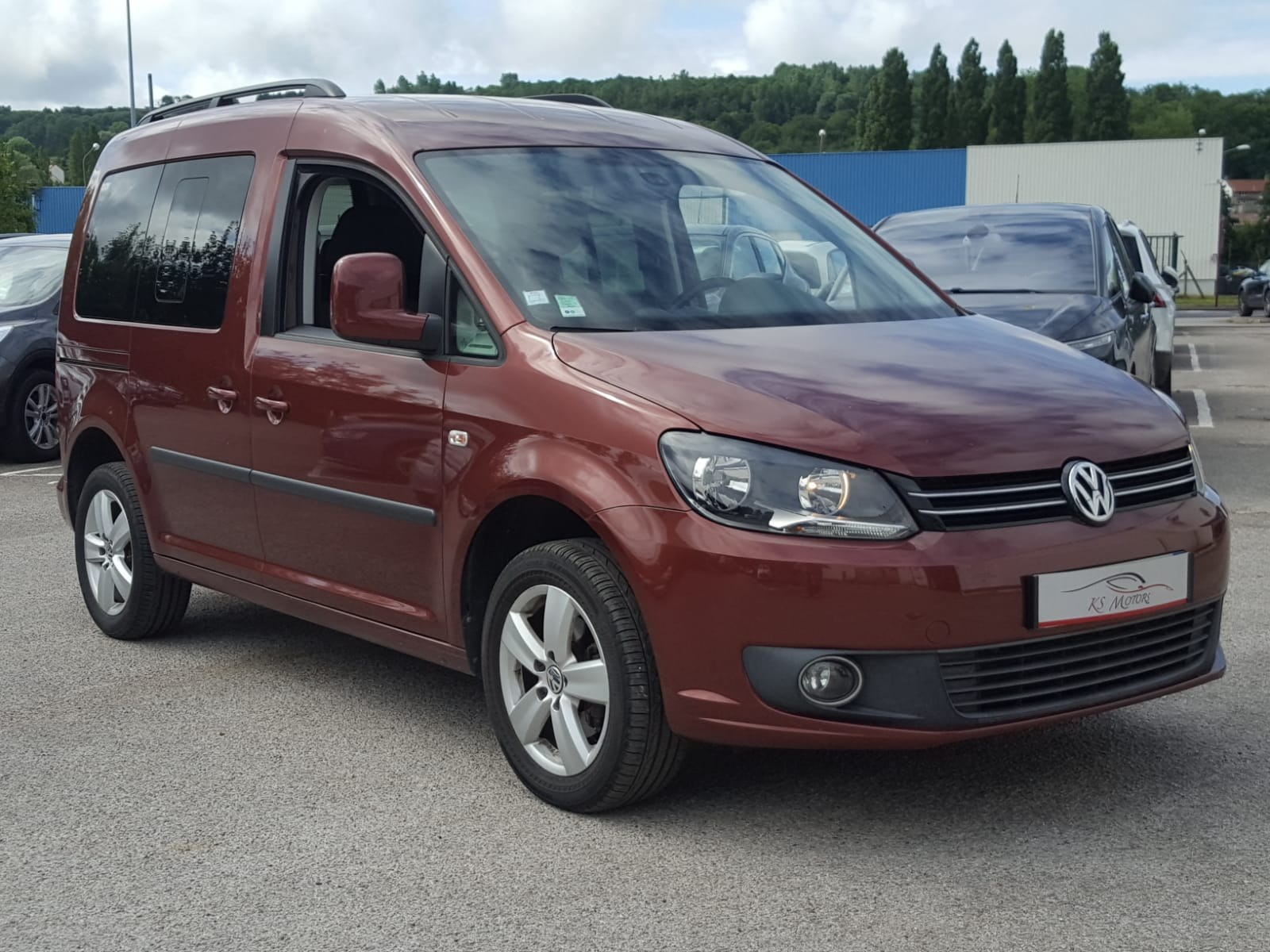 annonce volkswagen caddy 1 6 tdi 102 cv laurent. Black Bedroom Furniture Sets. Home Design Ideas