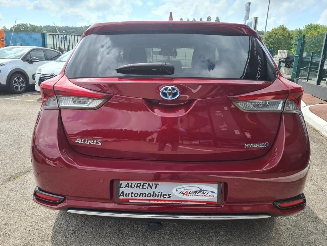 Toyota Auris HSD 136H BVA