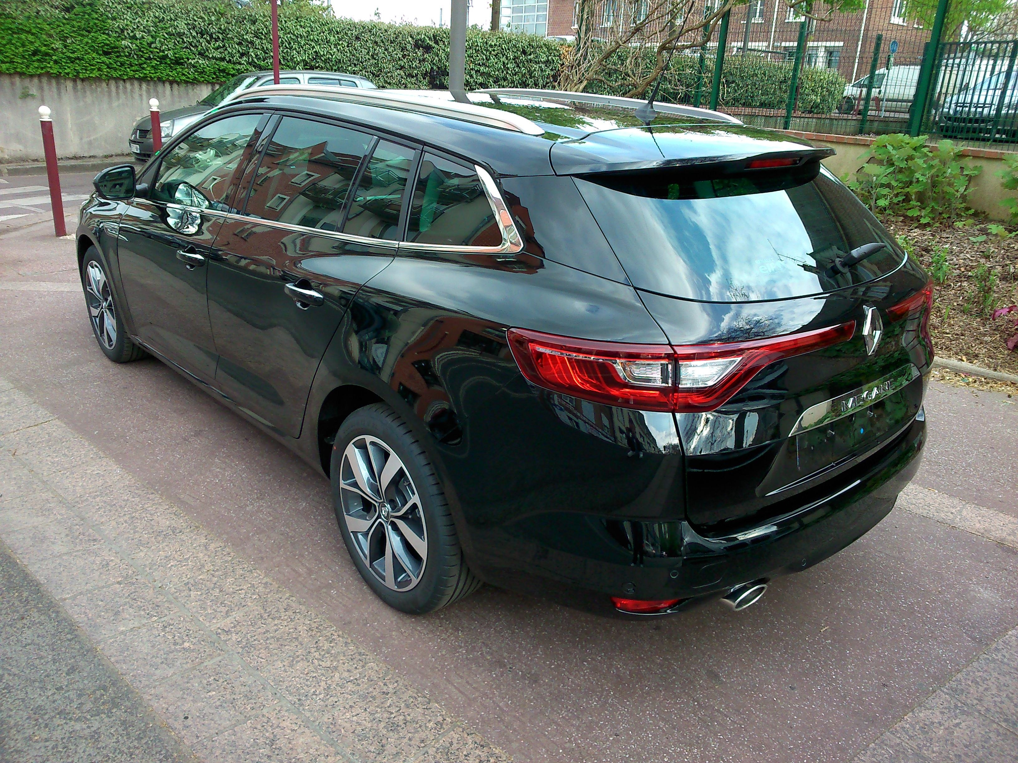 Mandataire auto Beauvais Picardie Renault Megane Estate Bose Edition Tce Dci Edc