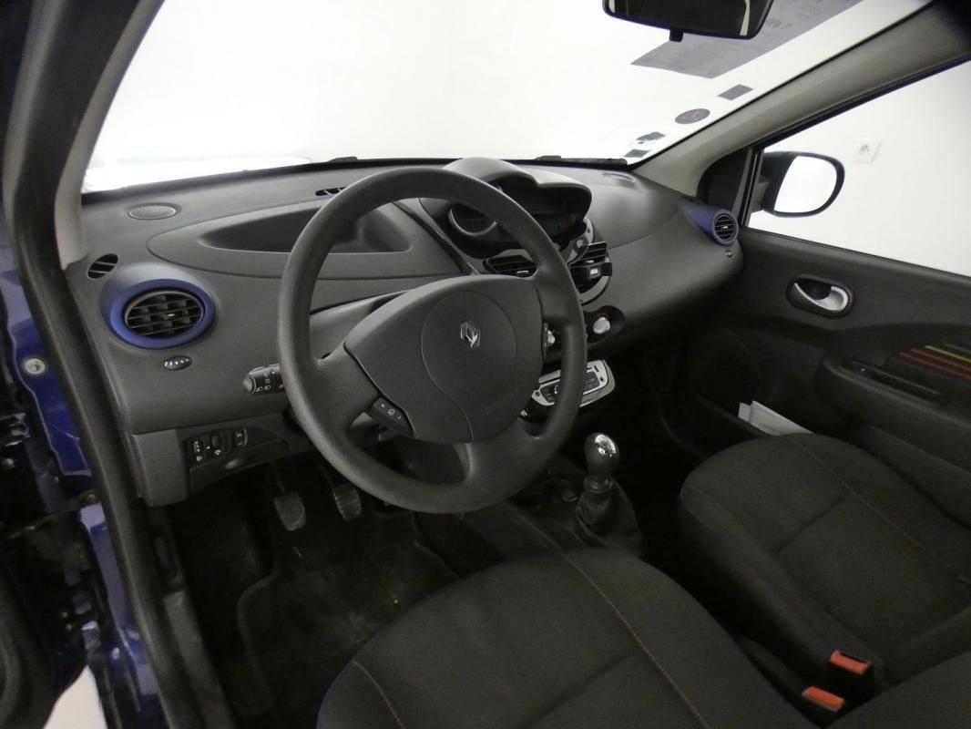 Renault Twingo II 1.2 LEV 16V 75CH PURPLE ECO²