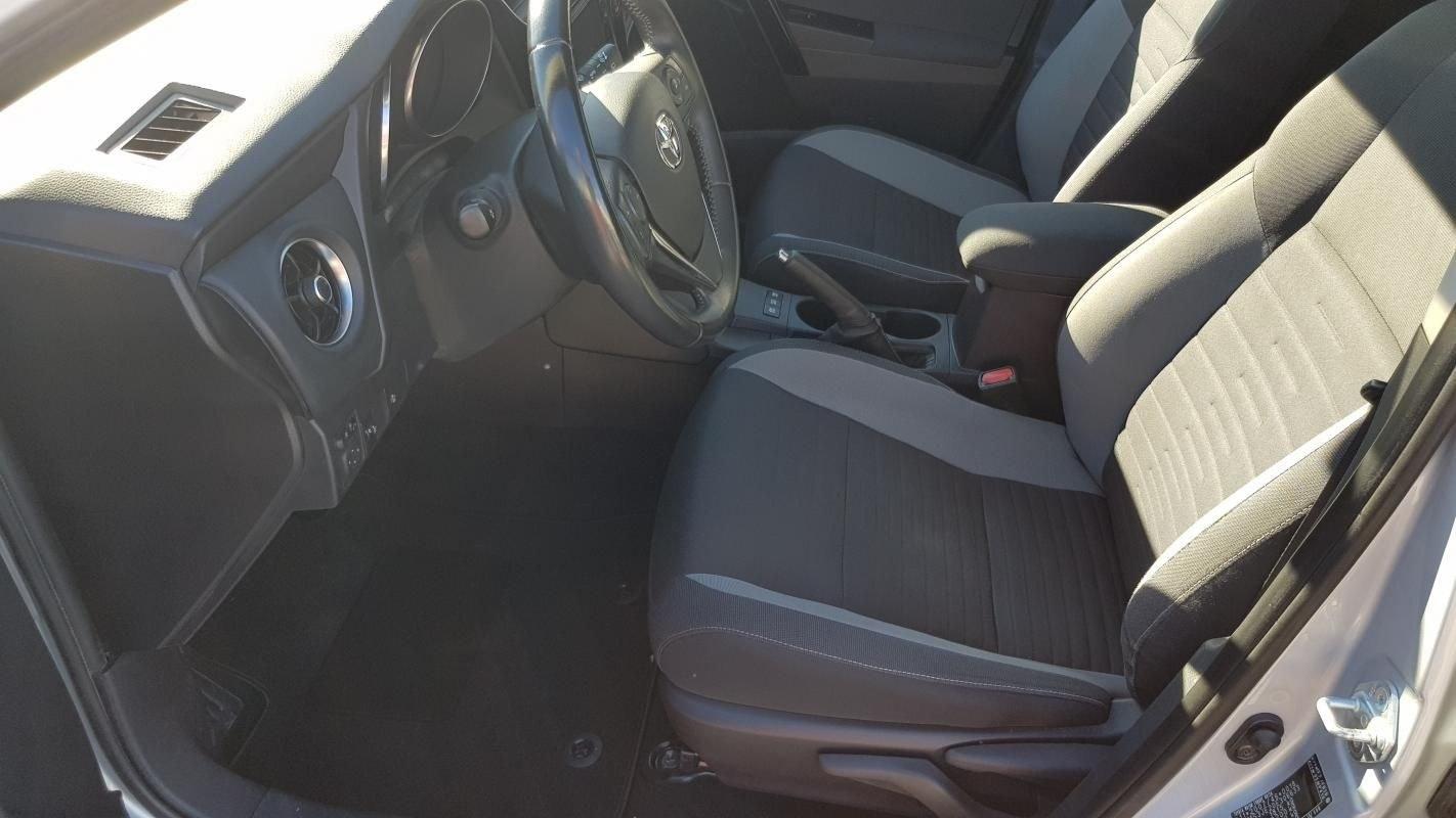 Toyota Auris II HYBRIDE 136H - BV CVT DESIGN
