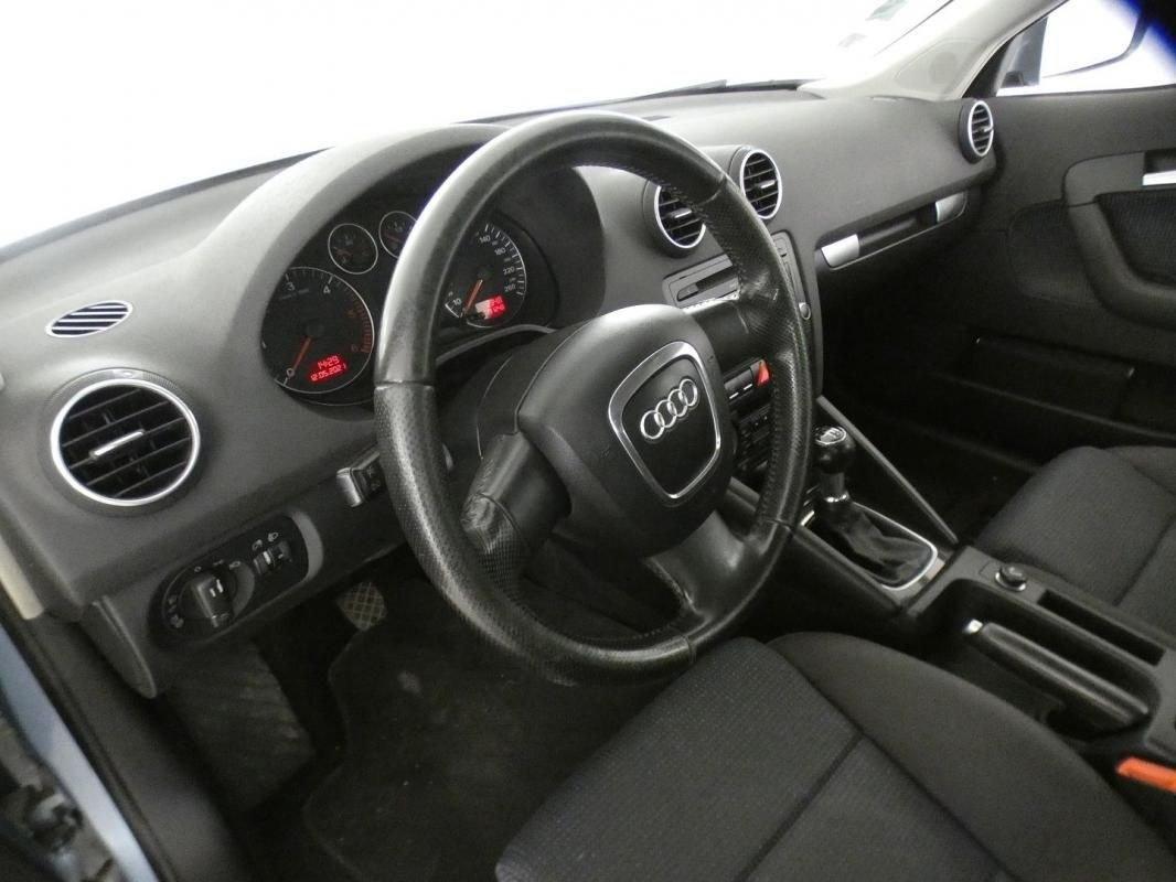Audi A3 sportback 2.0 TDI 140CH AMBIENTE
