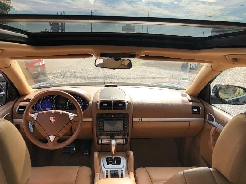 Porsche Cayenne V8 S
