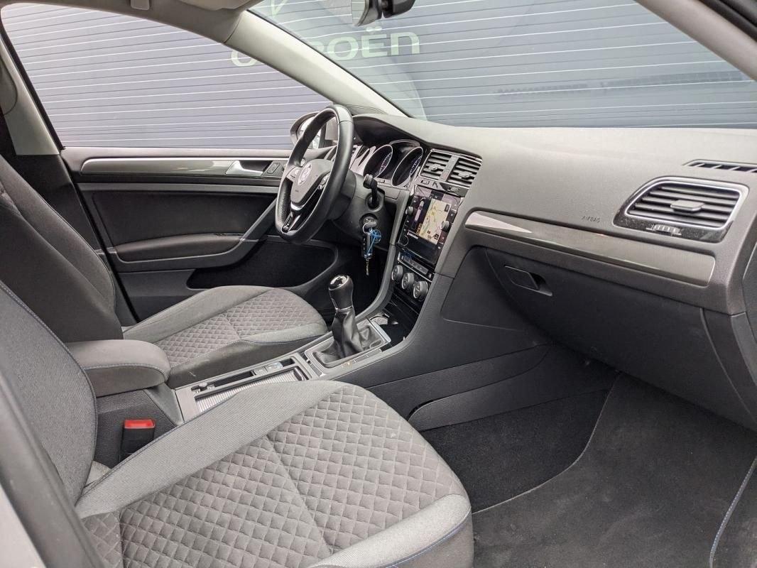 Volkswagen Golf VII 1.6 TDI 115CH FAP CONNECT EURO6D-T 5P