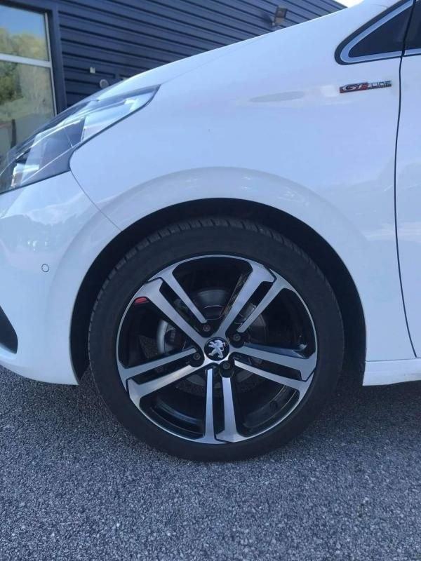 Peugeot 208 1.2 PureTech 110 S&S GT Line