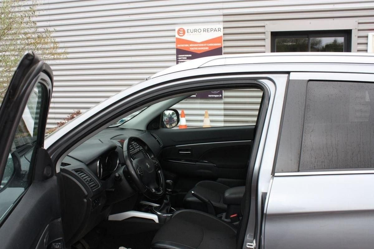 Peugeot 4008 1.6 HDI115 FAP STT 4WD