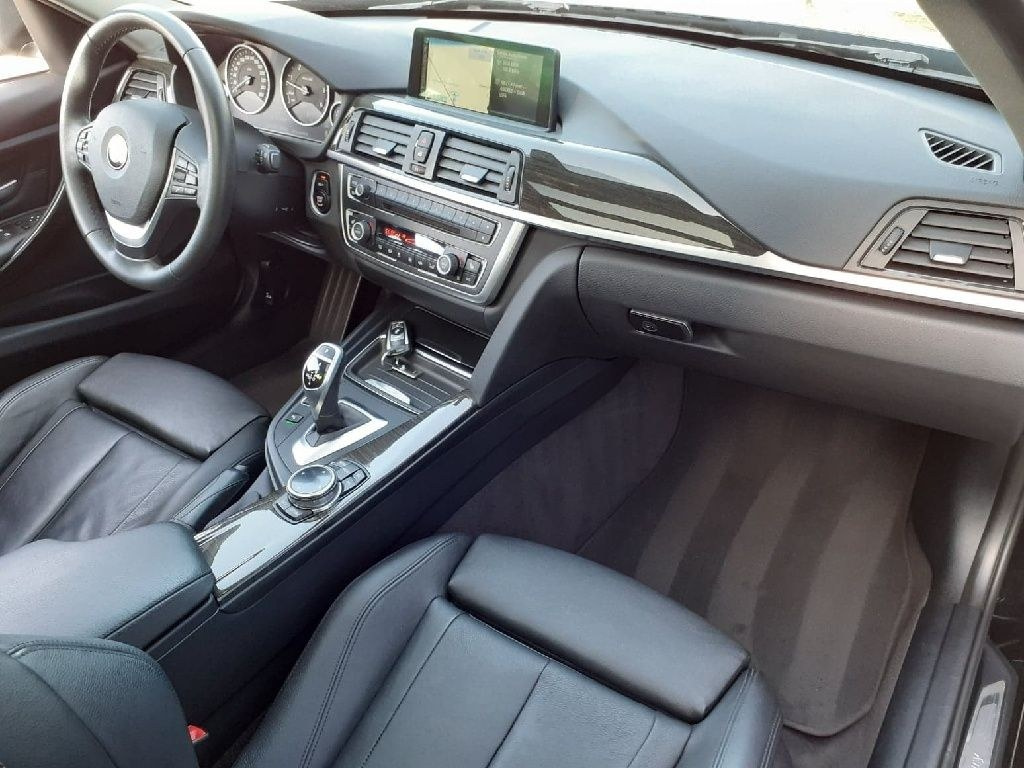 BMW Série 3 Touring 330d xDrive 258 ch Luxury
