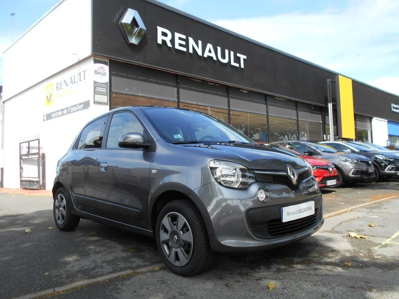 annonce renault twingo iii sce 70 cv zen 12 000 kms. Black Bedroom Furniture Sets. Home Design Ideas
